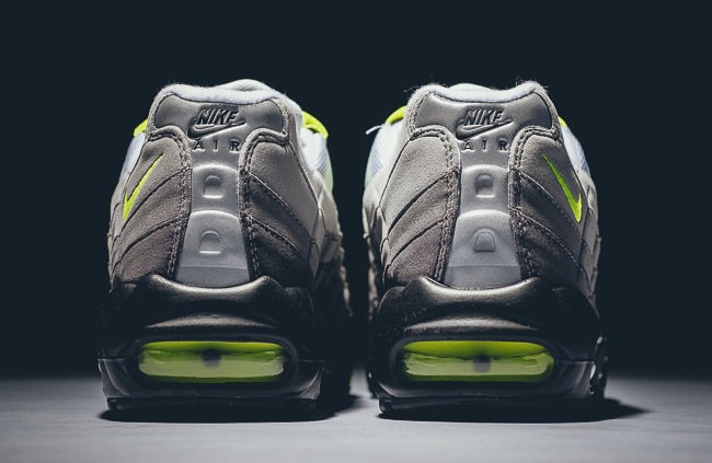 "best sneakers 9b62c 4ce33 Nike Air Max 95 OG ""Neon"" Review – oursecondskin"
